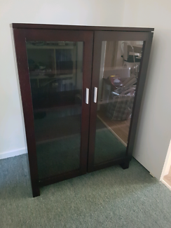 Glass display cabinet in excellent condition