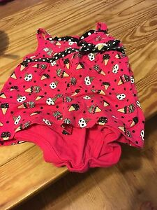 $3 o-6 months girls outfit