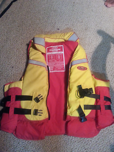 Life jacket XXL as new Gorokan Wyong Area Preview