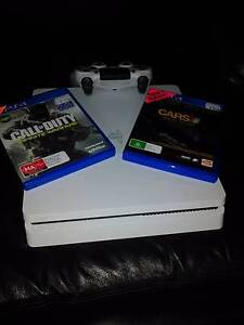 Ps4 with 2 games 1 controller Greensborough Banyule Area Preview