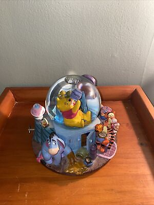 Winnie the Pooh Musical snow globe Plays The Theme Song Tigger Eeyore Piglet