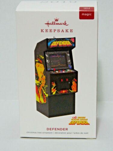 Hallmark ornament 2019 Defender - Midway Classic Arcade with Lights & Sound