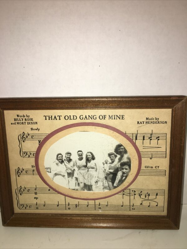 Vintage Photo Picture Frame With Old Photo