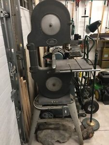 """14"""" beaver band saw, with rare fence 1/2 hp"""