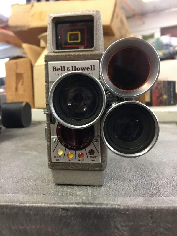 Bell & Howell 252 Vintage 8mm Movie Camera Works!