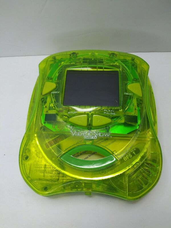 Green VideoNow Color FX Portable  Video Player Hasbro With 1 Disc Y1
