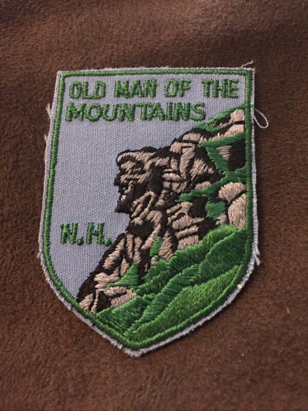 VTG Voyager OLD MAN OF THE MOUNTAINS NH Souvenir Embroidered Iron On Patch