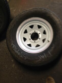 6 stud wheels and ford and commodore