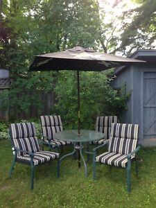 Patio set, 4 chairs, cushions, umbrella, table, delivery opt.