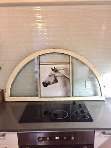 LARGE ARCHED ANTIQUE WINDOW PANE VINTAGE PICTURE FRAME GLASS