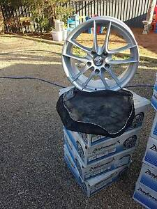 Holden Commodore new 17 inch commodore mags Waikerie Loxton Waikerie Preview