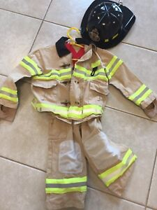 Toddler 3-4 Halloween fireman costume