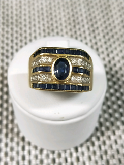 18ct YG diamond and blue stone ring - size O-P