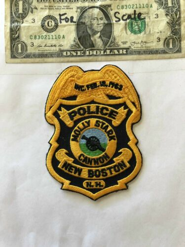 Very Rare New Boston New Hampshire Police Patch (Molly Stark Cannon) un-sewn