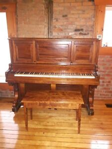 Piano Antique 1876 Chickering ans Sons