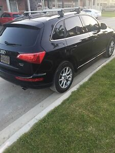 2011 Audi Q5 - 2.0 Turbo- NAV-Certified