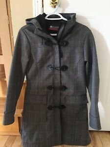 Manteau femme misty mountain Golf small 25$