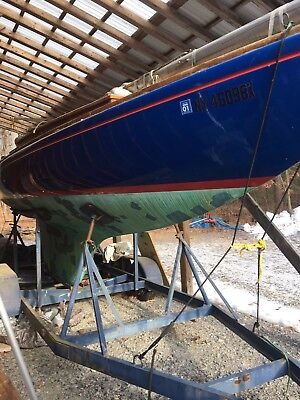 Columbia Sabre Sailboat with Trailer
