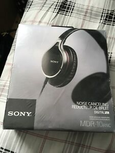 Brand new Sony MDR-10Rnc noise canceling headphones