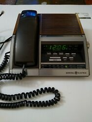 Vintage General Electric Phone Alarm Clock AM FM Radio Model 7- 4700  (read)