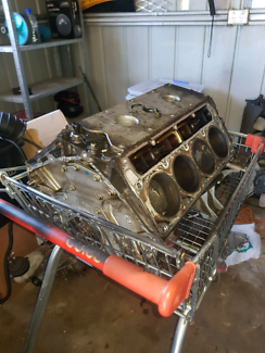 Ls1 block and pistons