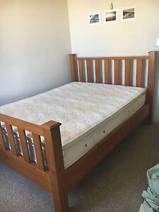 King Size Bed Frame and Matress Bondi Beach Eastern Suburbs Preview