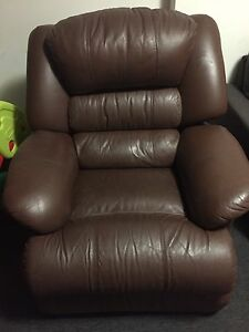 Brown recliner single seater sofa Parramatta Parramatta Area Preview