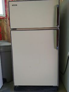 Apartment/Bar/Garrage Refrigerator
