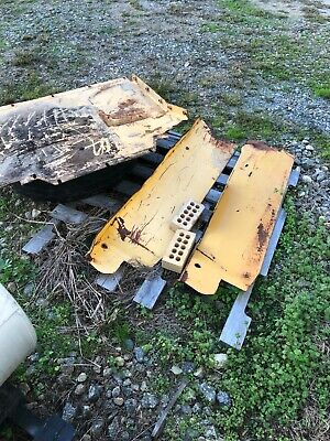 Fenders Both New Holland Skid Steer Loader Ls190 Lx985 May Fit Lx885 Ls180