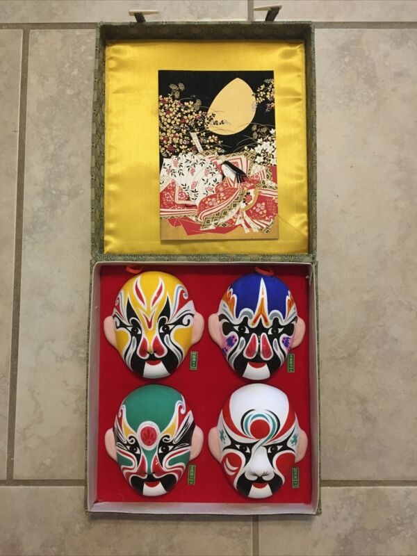 4 Asian Chinese Opera Facial Makeup Clay Masks in Case. Free Shipping!