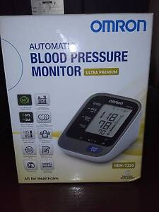 Omron Automatic Blood Pressure Monitor Ultra Premium As New Earlwood Canterbury Area Preview