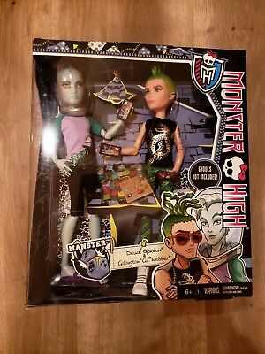Monster High Toys-R-Us Exclusive Manster 2-pack Deuce Gorgon and Gil Webber NIB