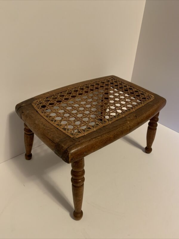 "Vintage Farmhouse Rattan Canned 13"" Stool"