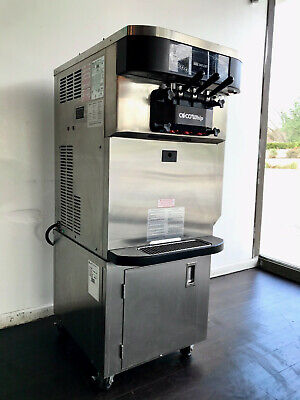 Taylor Model C722-27 Commercial Soft Serve Machine With Stand