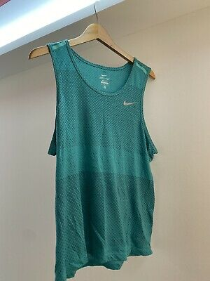Mens Nike Dri Fit  Running vest size M