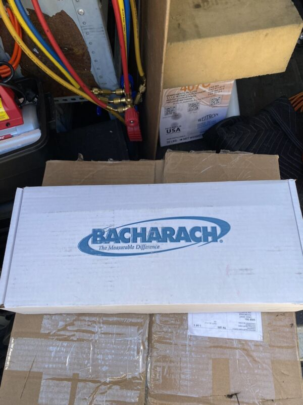 Bacharach Fyrite INTECH Combustion Analyzer  Made in USA 0024-7341