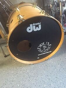 "20"" DW collectors bass drum"