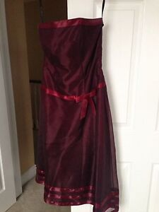 Size 8 formal dress - wine coloured