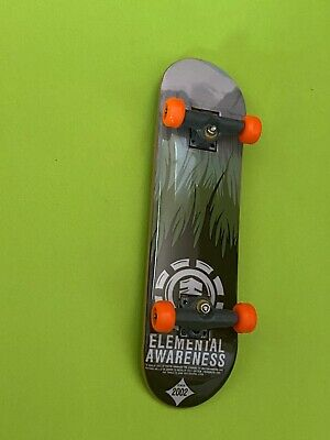 "Tech Deck ""Element""  Fingerboard  excellent Condition"
