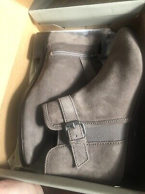 Reaction Kenneth Cole Ankle Boots , Womens Size 6.5 Ankle Boots