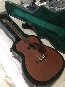 Martin 00-15 Grand Concert acoustic guitar Queens Park Eastern Suburbs Preview