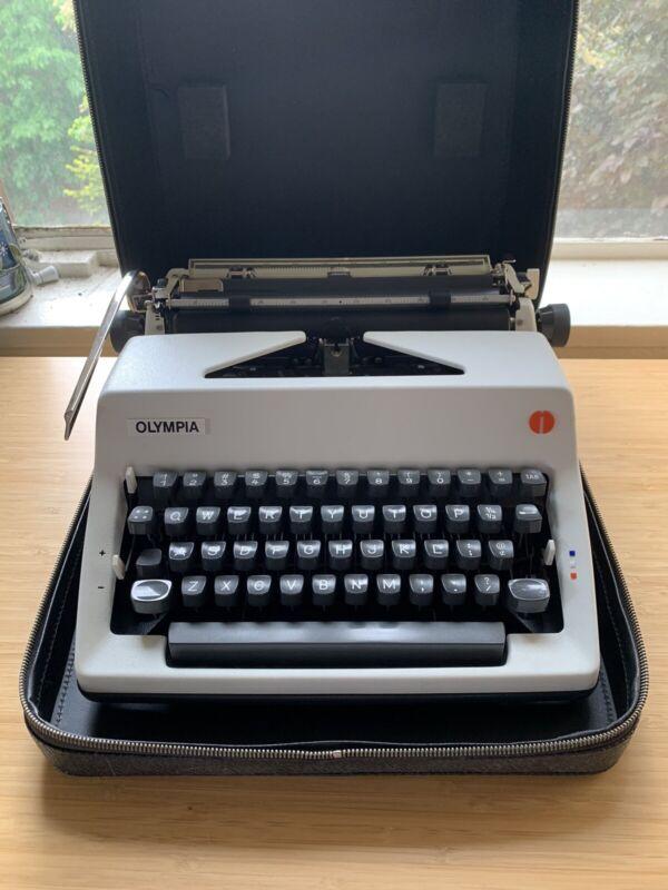 Mașină de scris - Wikipedia