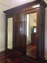 Stunning Jarrah Wardrobe with wide hanging spaces Shenton Park Nedlands Area Preview
