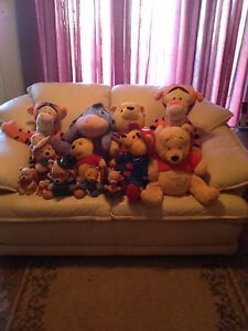 Selling my Winnie the Pooh collection.