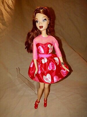 My Scene Chelsea Doll Rooted Eye Lashes Valentines Day Dress and Accessories