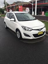HYUNDI I20 HATCH 2012 MANUAL  Green Valley Liverpool Area Preview
