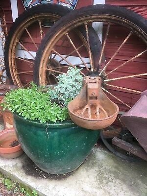 Vintage Hogcattle Waterer Cast Iron Watering Standard Equip Bird Bath Planter