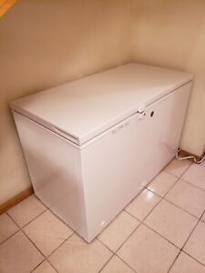Barely used! GE 10.6 cu. ft. Chest Freezer in White ENERGY STAR®
