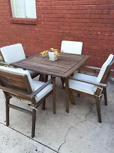 Outdoor table & seats Turrella Rockdale Area Preview
