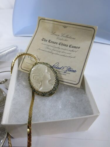 Lenox China Cameo Brooch Pin Sterling Silver with Gold Overlay Jewelry RP6